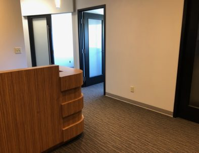 Chilliwack co-work office for lease - Entry